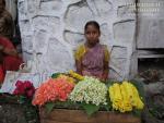 Девочка с цветами